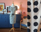 Cocktail dress from the 1960s or possible from the late 1950s.  Size EU 40 / UK 14 / US 10.  Waist 80 cm / 31,5 inches