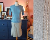Knit blouse from the 1960s/1970s. Size EU 34-36 / UK 8-10 / US 4-6. bottom of blouse 80 cm / 31,5 inches.