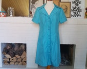 Beautiful dress from the late 1960s. Size EU 40 / UK 12 / US 8. Waist 84 cm / 33 inches