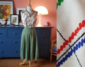 Sweet blouse / shirt from the 1960s. Size EU 38 / UK 12 / US 8.  Chest 94 cm / 37 inches.
