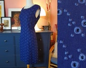 Royal blue cocktail dress from the 1960s. Rare larger size vintage. Size EU 42-44 / UK 16-18 / US 12-14. Waist 88 cm / 34,6 inches