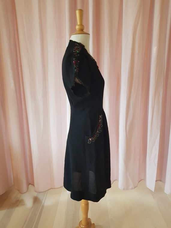 Day dress from the 1940s. Lovely black 40s dress.… - image 8