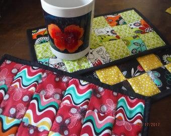 DreamscapesByCyn--CHOICE of Artsy Flower Mug Rugs