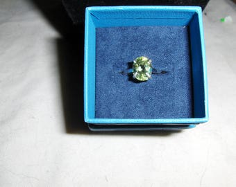 green amblygonite 8 x 6mm ring