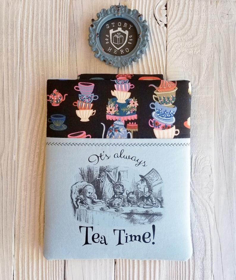TEA TIME book sleeve image 0