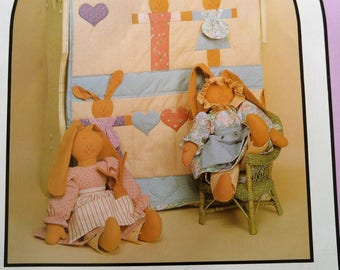 REDUCED - Vintage Unused Bunny Quilt Pattern featuring stuffed bunnies and clothes by Dream Spinners. Perfect for the new baby in your life!