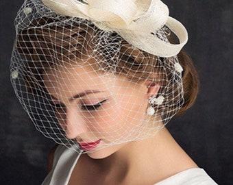 1 Day Shipping: Bridal fascinator, Birdcage Veil, Vintage Veil, Bridal Hat, Tea Hat, Derby Hat, Ivory fascination