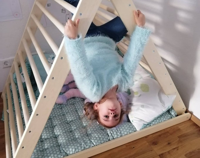 Featured listing image: Climbing triangle, Pikler dreieck, Baby climber, Climbing ladder, Pikler triangle,  Step Triangle, Triangle with ramp, foldable triangle