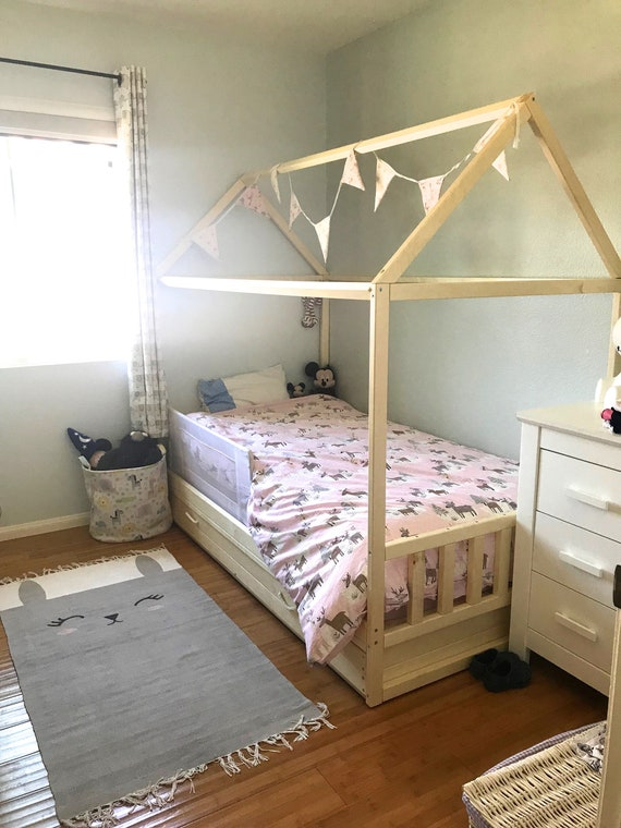Toddler house bed ! Montessori style bed !