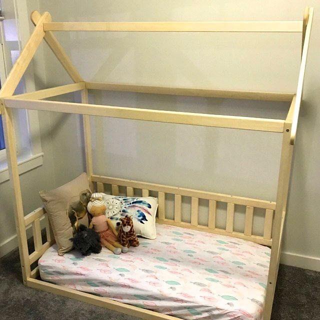Cama de la casa del niño pequeño cama de los niños cama