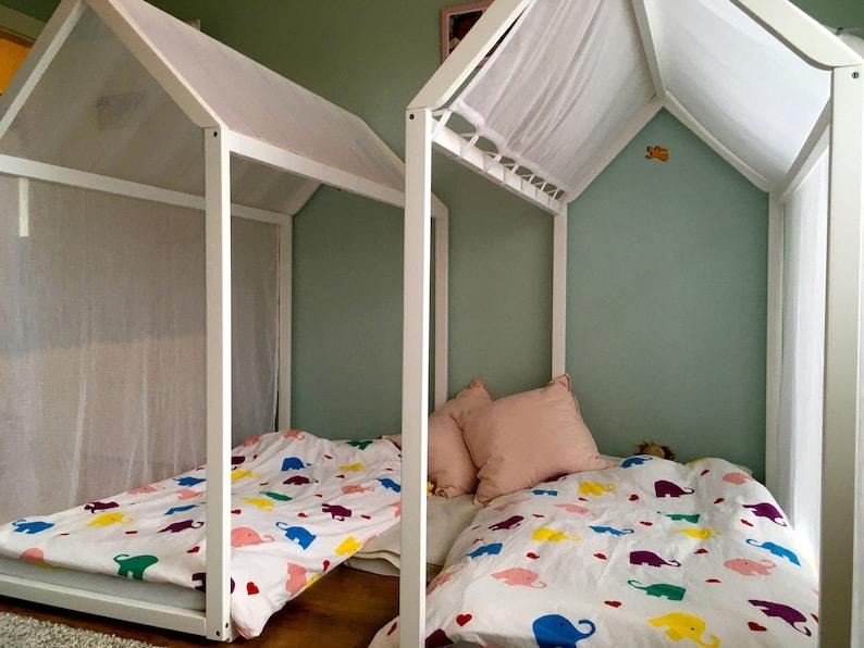 Letto Per Bambini Montessori : Bambino dipinto a casa letto con doghe montessori piano letto etsy