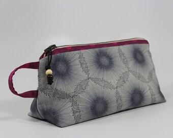 Dandelion Dream Zipper Bag