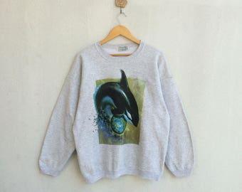 Vintage Sweatshirt Whale Picture Design