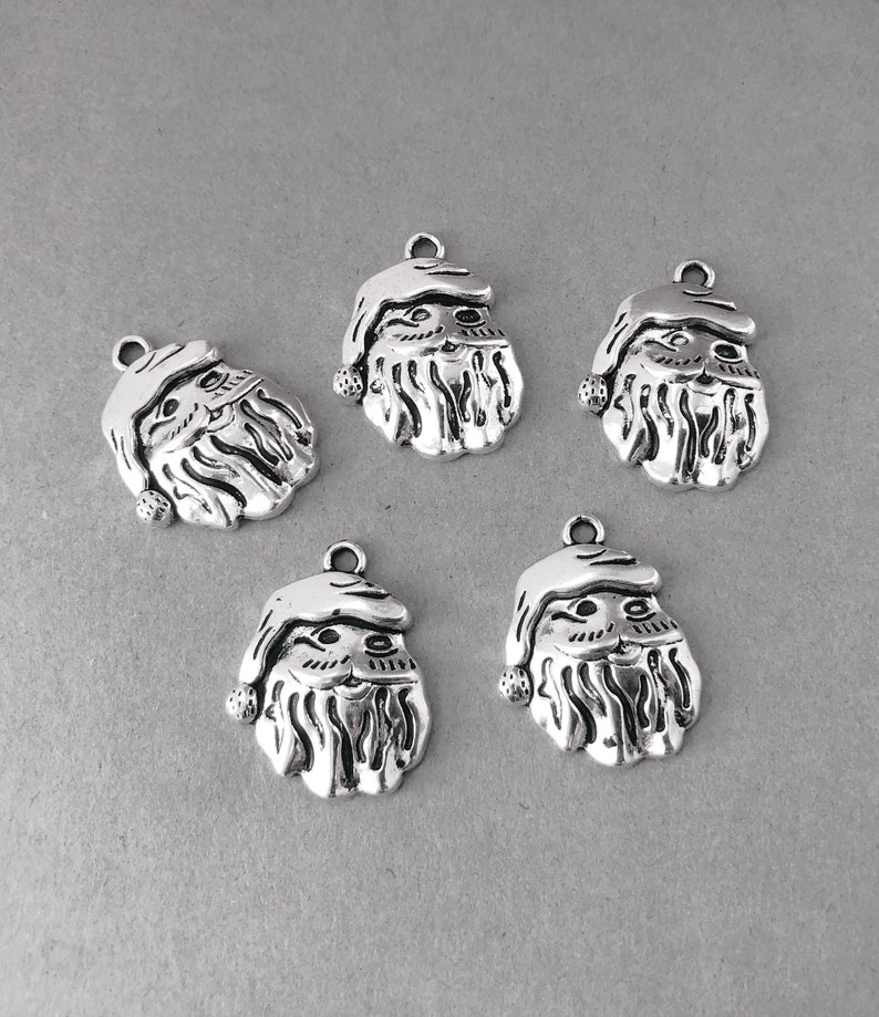 10 x Tibetan Silver SNOWMAN WITH HAT CHRISTMAS 25mm Charms Pendants Beads