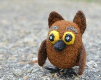 Wool Owl,Decor Owlet,Needle Felted Owl Ornament,Bird lover gift,Owl figurine,Animals miniature owl,Birds wool needle,Natural toy owl,Owlet