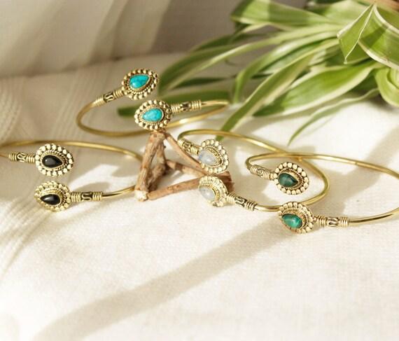 Boho Armband Dünnes Gold Armband Mit Steinen Armband Messingkuppe Bangles Armband Verstellbare Turquoise Armband Boho Schmuck