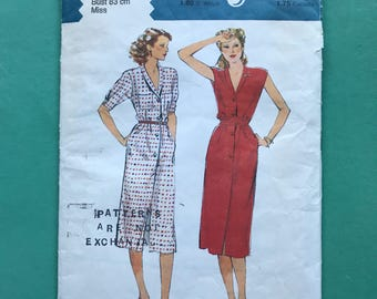 Style 2621 Retro Vintage 1970's Front Buttoned Slim Day Dress, Below Knee, Shirt Waister, Shawl Collar, Sewing Pattern Size 10 Bust 83 cm