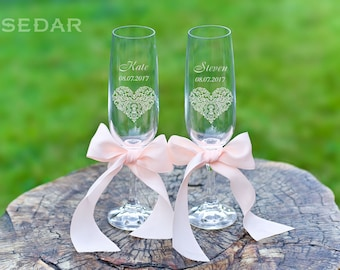 Personalized wedding glasses Toasting flutes Wedding flutes Custom champagne glasses Wedding glasses for the toast Engagement gift
