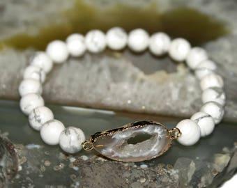 White Howlite Bracelet 24k Gold Druzy Bracelet Bridesmaid Bracelet Wedding Bracelet Gift for Her White Bead Bracelet Raw Stone Bracelet