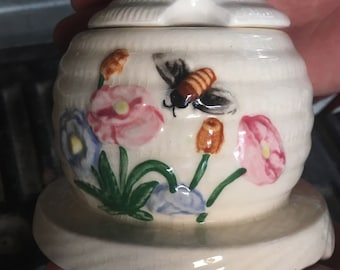 Vintage Honey pot is in a shape of a bee hive. Honey pot 1950s