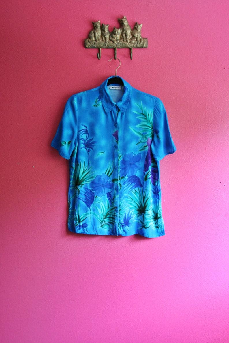 90sY2K Blue and Purple Hawaiian Hibiscus Print Seapunk Button Down Top