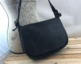73c2778e9b ... ireland coach legacy shoulder bag black leather 39f40 051df