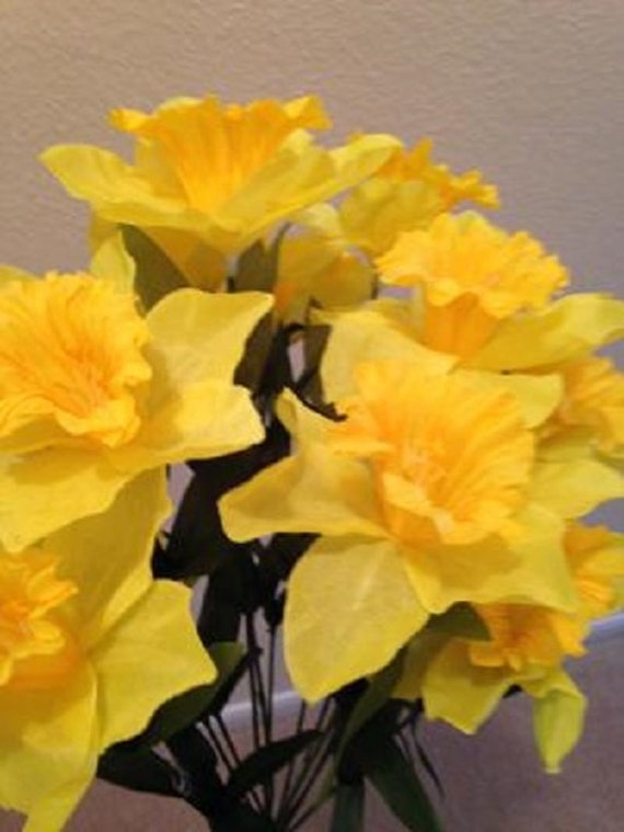 DIY BOUQUET YELLOW DAFFODILs  White Mini-Lillies (refill) for Grave-site Presentation in Remembrance of Loved Ones Or Home Garden Use -