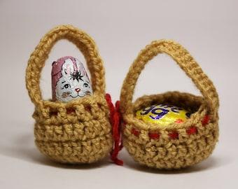 Mini Easter Baskets, Mini Crochet Basket, Mini Egg Holder, Set of 2, Easter Egg Hunt, Easter Decoration, Creme Egg Holder, Easter Gift