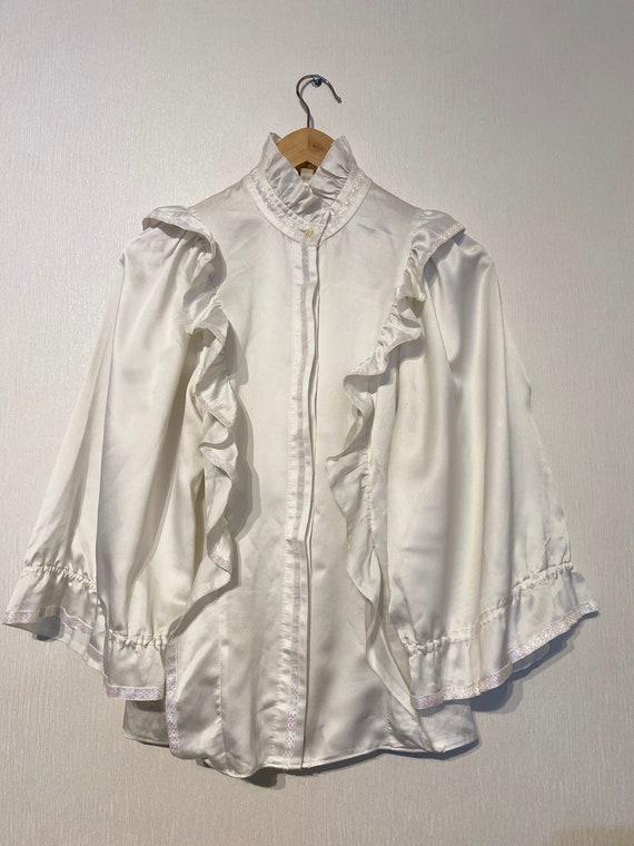 Vintage white ruffle blouse, statement collar, hi… - image 5