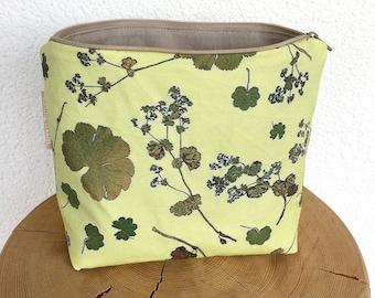 Toilet bag, Necessaire, case, cosmetic bag, botanical, alchemilla, handmade, alpine, virgin region