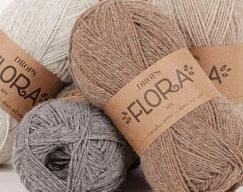 Drops Flora - Wool and alpaca yarn - Fingering weight yarn for knitting - Yarn for socks - Sock yarn - Crochet yarn