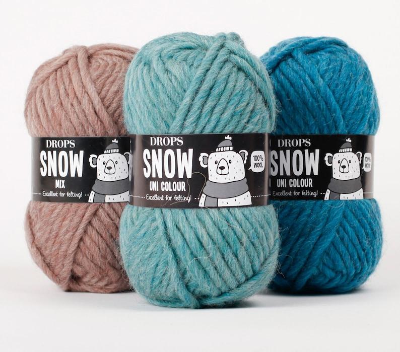 Chunky wool yarn  Big yarn  Bulky yarn  DROPS SNOW  ESKIMO image 0