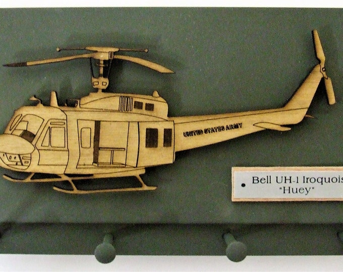 """U.S. Military Bell UH-1 Iroquois - """"HUEY"""" Helicopter Keychain Display Rack"""