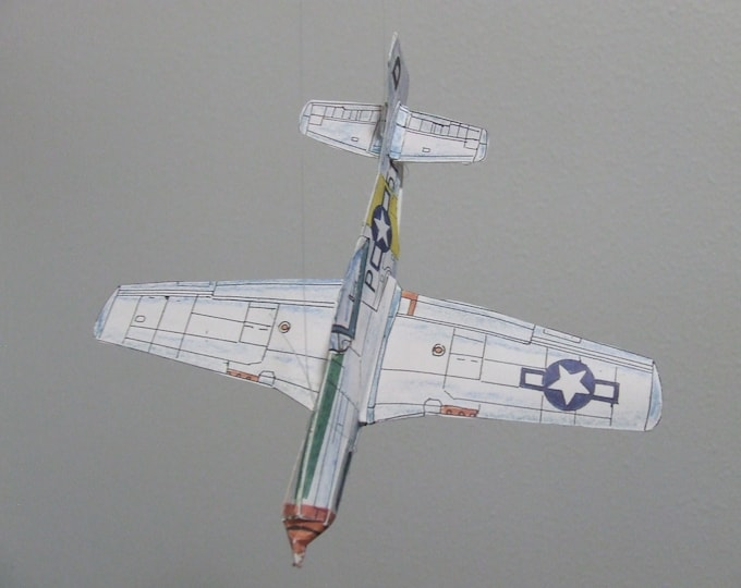 P-51D MUSTANG Famous WWII Fighter Cut & Glue Paper Airplane Kit