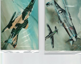 """A pack of 4"""" X 6"""" classic aircraft Mini-Poster postcards.  The package contains 10 different airplanes."""