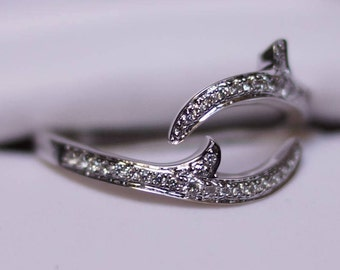 14K White Gold Diamond Band With Bypass Swirl Spike Design