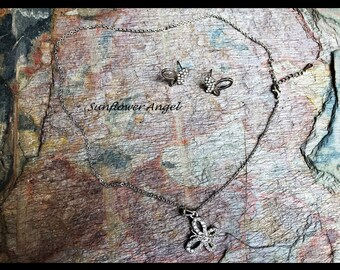 Butterfly diamante necklace and earring set, perfect for a wedding or party, or a present.