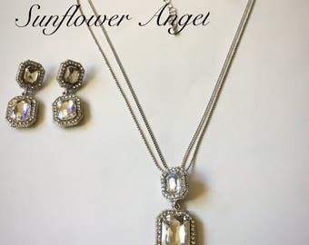 Stunning silver and diamante necklace and earring set, perfect for a wedding.