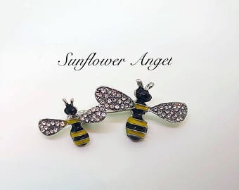 Vintage style silver glamourous double bee brooch (Manchester bee). 2 Bumble bee's with crystals and enamel.