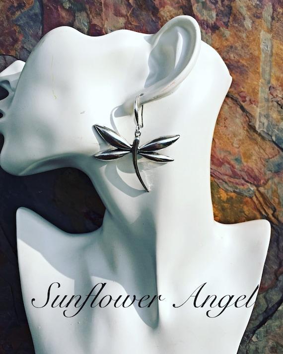 Dragonfly earrings, on hooks.