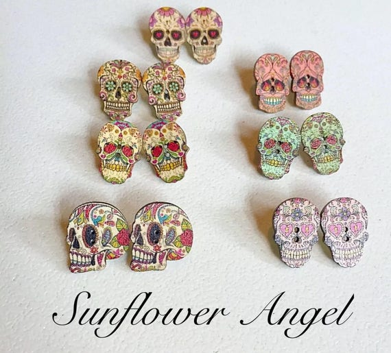 Day of the dead, sugar skull, wooden button skull earrings. Mexicana. Various types.