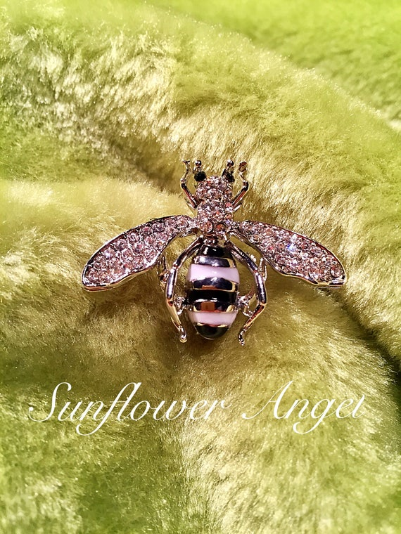 Vintage style silver glamourous bee brooch (Manchester bee). Bumble bee with crystals and enamel.
