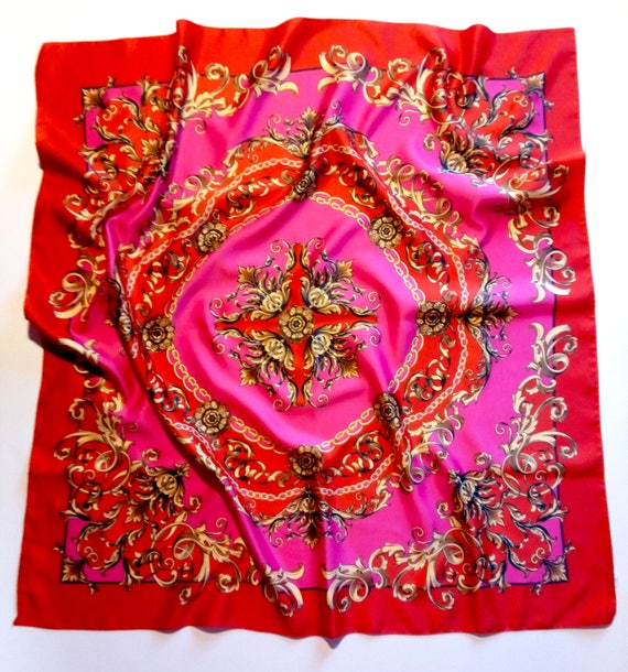 Vintage red and pink color baroque style scarf