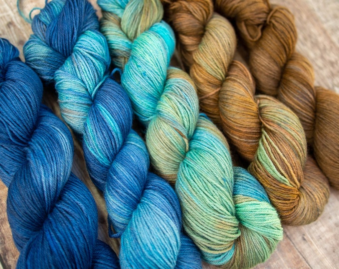 5 Skein Fade Set - Merino 4Ply Yarn - Hand dyed one of a kind - Anchor