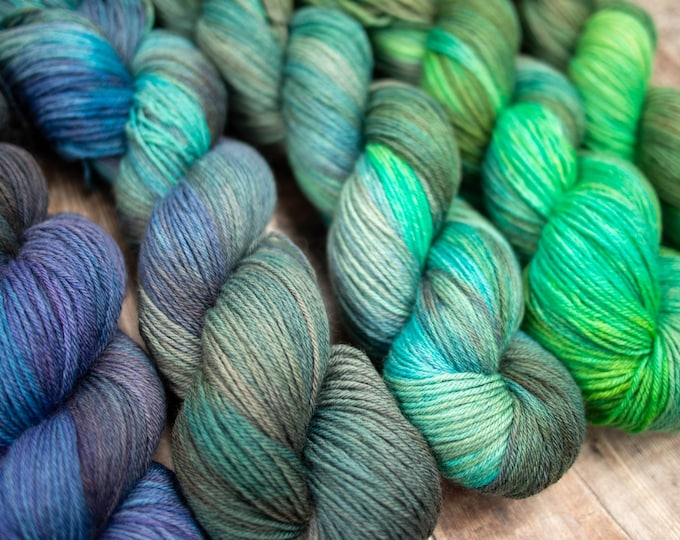 5 Skein Fade Set - Merino 4Ply Yarn - Hand dyed one of a kind - Atlantis