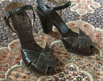 1940s Brown Lizard Heels / Sandals