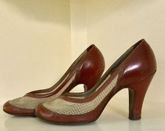 6bc9941e387d 1940s Mesh and Leather Two-Tone Pumps