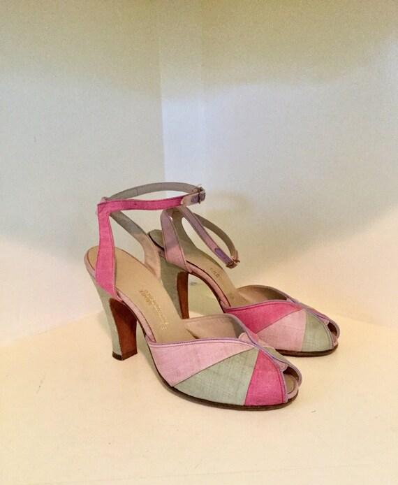 1940s Colorblock Ankle Strap Pumps
