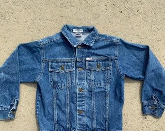 Vintage 80s 90s cropped blue denim jean jacket size medium by Johnnie Five women/'s shoulder pads zipper back