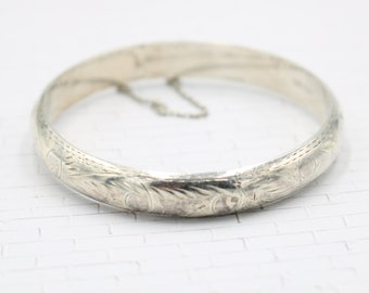 Signed Vintage Estate FAS 925 Classic Sterling Silver Hinged Chain Women's Bangle Bracelet with Floral Detailing - 12.0 Grams